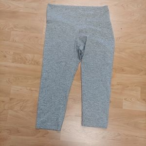 Cropped Old Navy Activewear Leggings